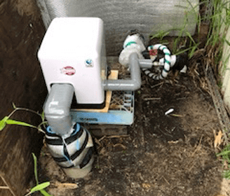 京田辺市の新しい井戸ポンプを設置した様子