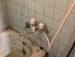 大阪市旭区の浴室蛇口水漏れ作業後の様子