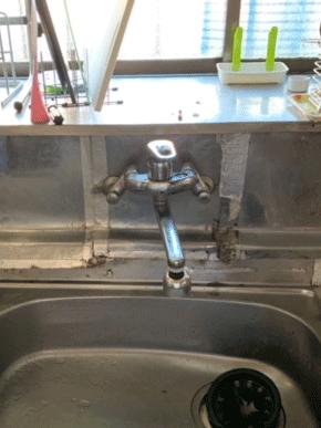 神戸市北区の台所蛇口水漏れの様子