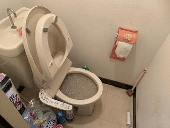大阪市住吉区トイレつまりの様子