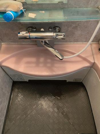 岸和田市の浴室蛇口水漏れ作業後の様子