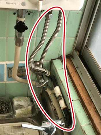 大阪住吉区の洗面蛇口水漏れの様子