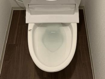 大阪市淀川区の洗面所排水つまりの様子