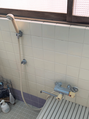 豊中市の台所蛇口水漏れの様子