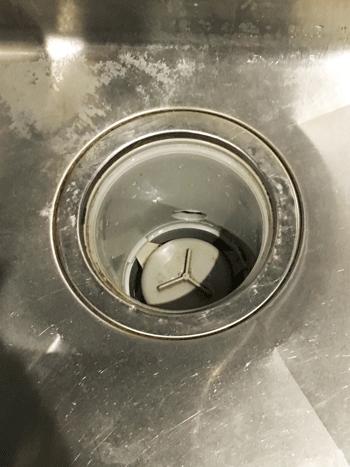 京都市伏見区のトイレつまり修理の様子